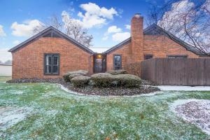 Property for sale at 4761 Coach Road, Upper Arlington,  OH 43220