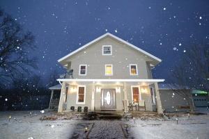 独户住宅 为 销售 在 9905 Claysville 9905 Claysville Chandlersville, 俄亥俄州 43727 美国