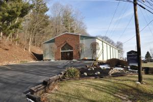 Commercial for Sale at 450 State Route 664 450 State Route 664 Logan, Ohio 43138 United States
