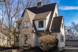Property for sale at 76 N Cassingham Road, Bexley,  OH 43209
