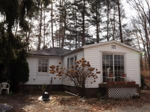 Single Family Home for Sale at 20031 State Route 328 20031 State Route 328 New Plymouth, Ohio 45654 United States