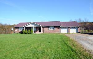 Single Family Home for Sale at 56186 Spencer 56186 Spencer Cumberland, Ohio 43732 United States