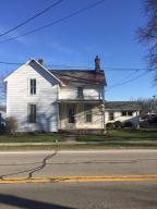 独户住宅 为 销售 在 26 State 26 State Jeffersonville, 俄亥俄州 43128 美国