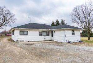 Single Family Home for Sale at 2502 County Road 10 2502 County Road 10 Bellefontaine, Ohio 43311 United States