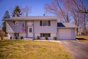 Property for sale at 1583 Rygate Drive, Reynoldsburg,  OH 43068