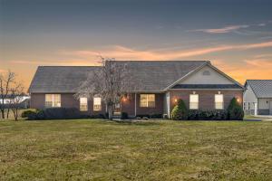 Single Family Home for Sale at 8885 Refugee 8885 Refugee Etna, Ohio 43062 United States