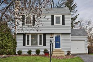 Property for sale at 524 Colonial Avenue, Worthington,  OH 43085