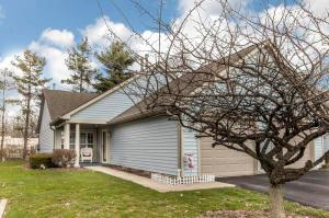Property for sale at 476 Three Oaks Court, Gahanna,  OH 43230