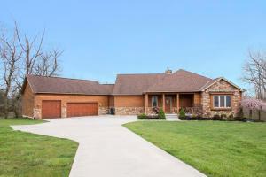 Property for sale at 7649 Whitepine Ridge Court, Reynoldsburg,  OH 43068