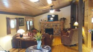 Property for sale at 23317 Bigham Road, Rockbridge,  OH 43149