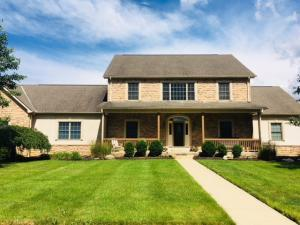 Property for sale at 2714 Coltsbridge Drive, Lewis Center,  OH 43035
