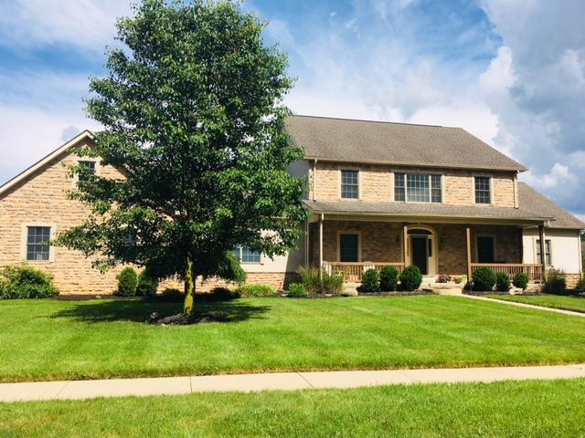 Photo of home for sale at 2714 Coltsbridge Drive, Lewis Center OH