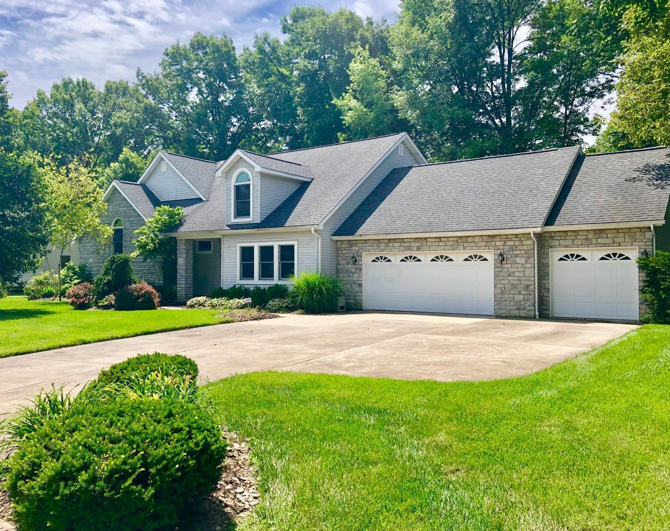 Photo of 684 Ridenour Road, Gahanna, OH 43230