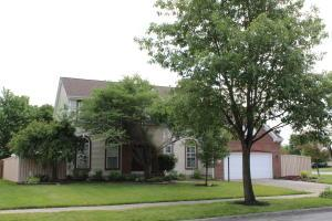 Property for sale at 5650 Meadow Grove Drive, Grove City,  OH 43123