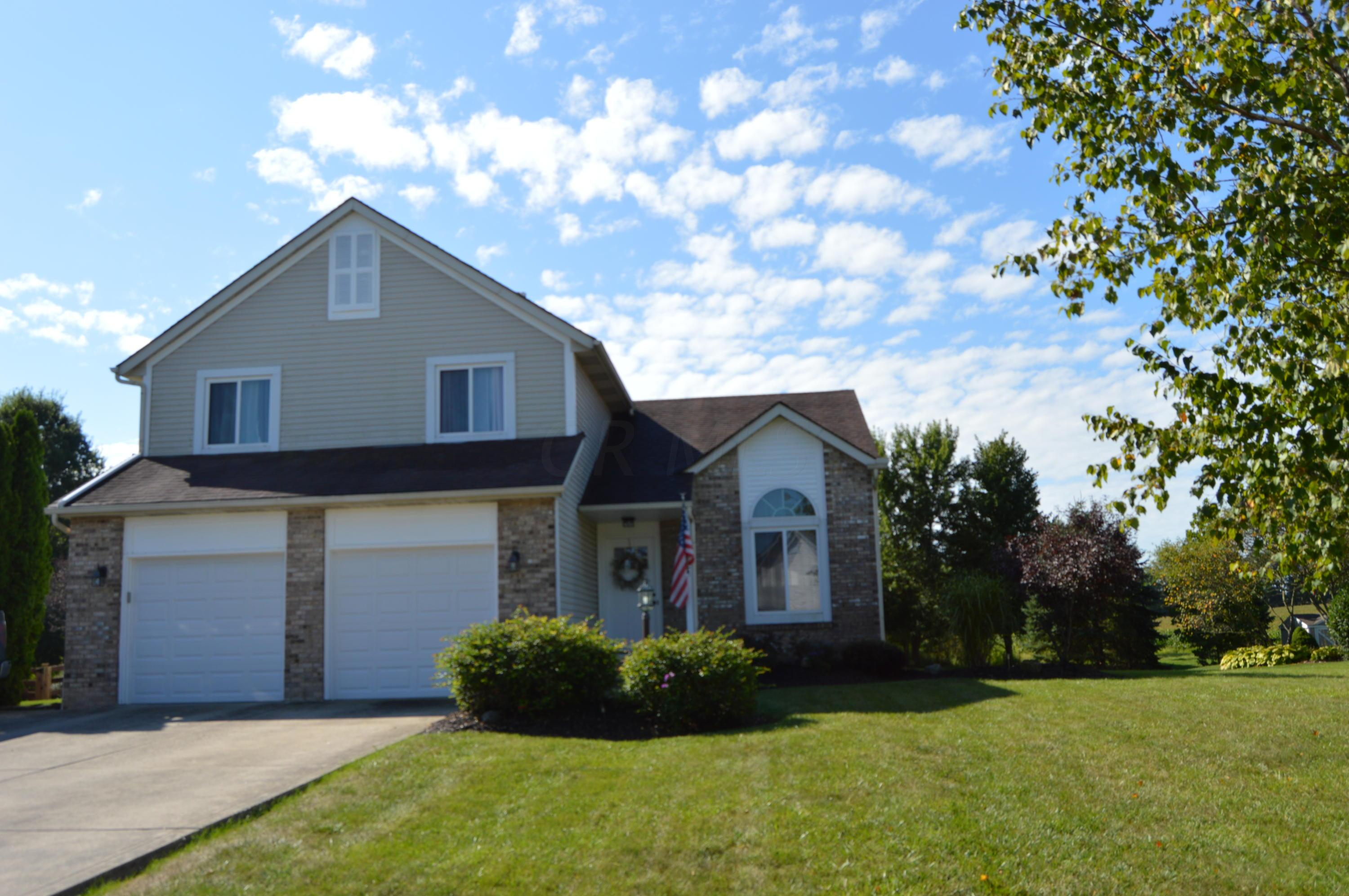 Photo of home for sale at 14053 Oxford Drive, Marysville OH