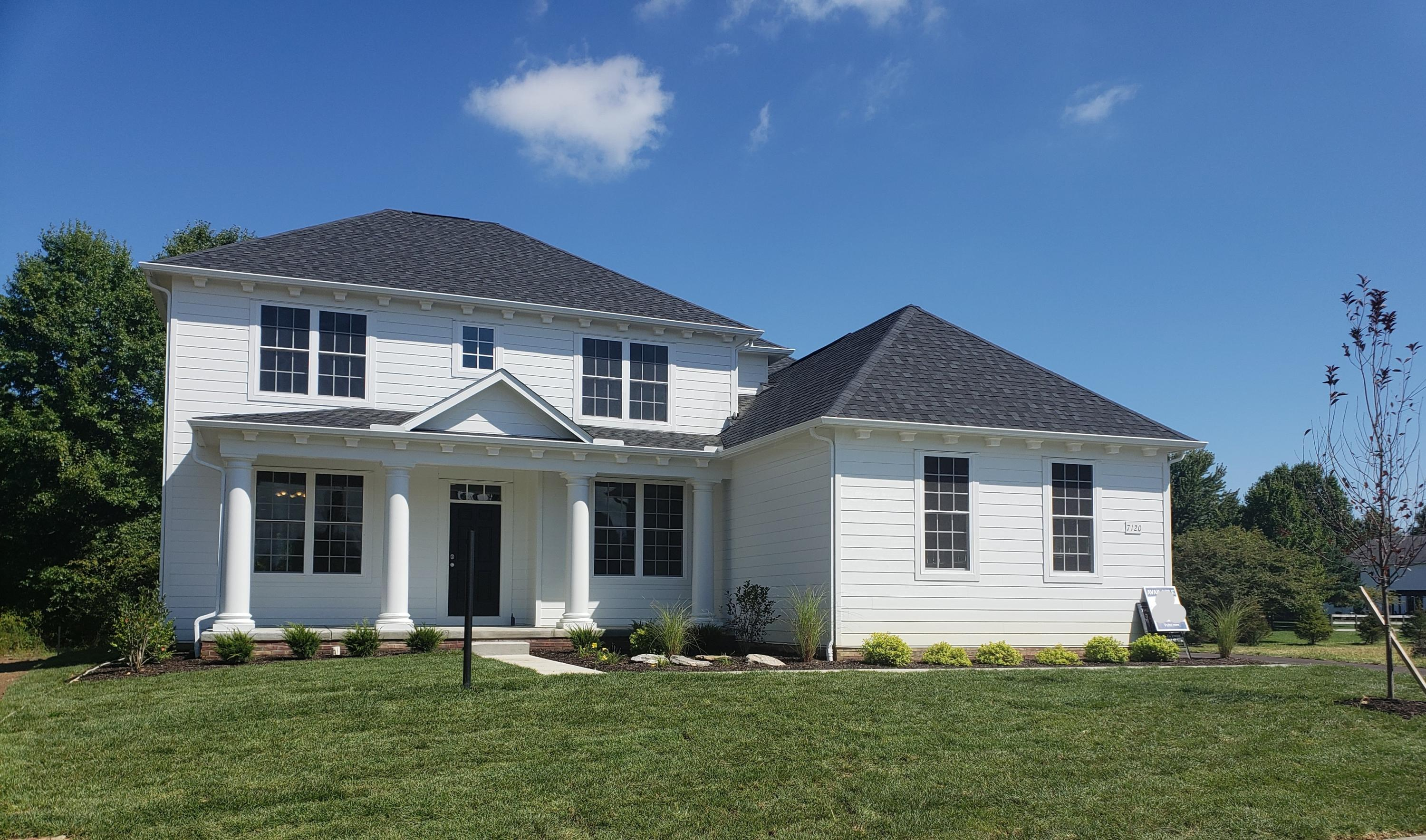 Photo of home for sale at 7120 Longfield Court, New Albany OH