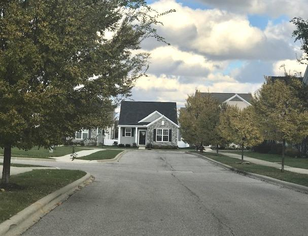 Photo of home for sale at 5600 Tygart Valley Drive, Dublin OH