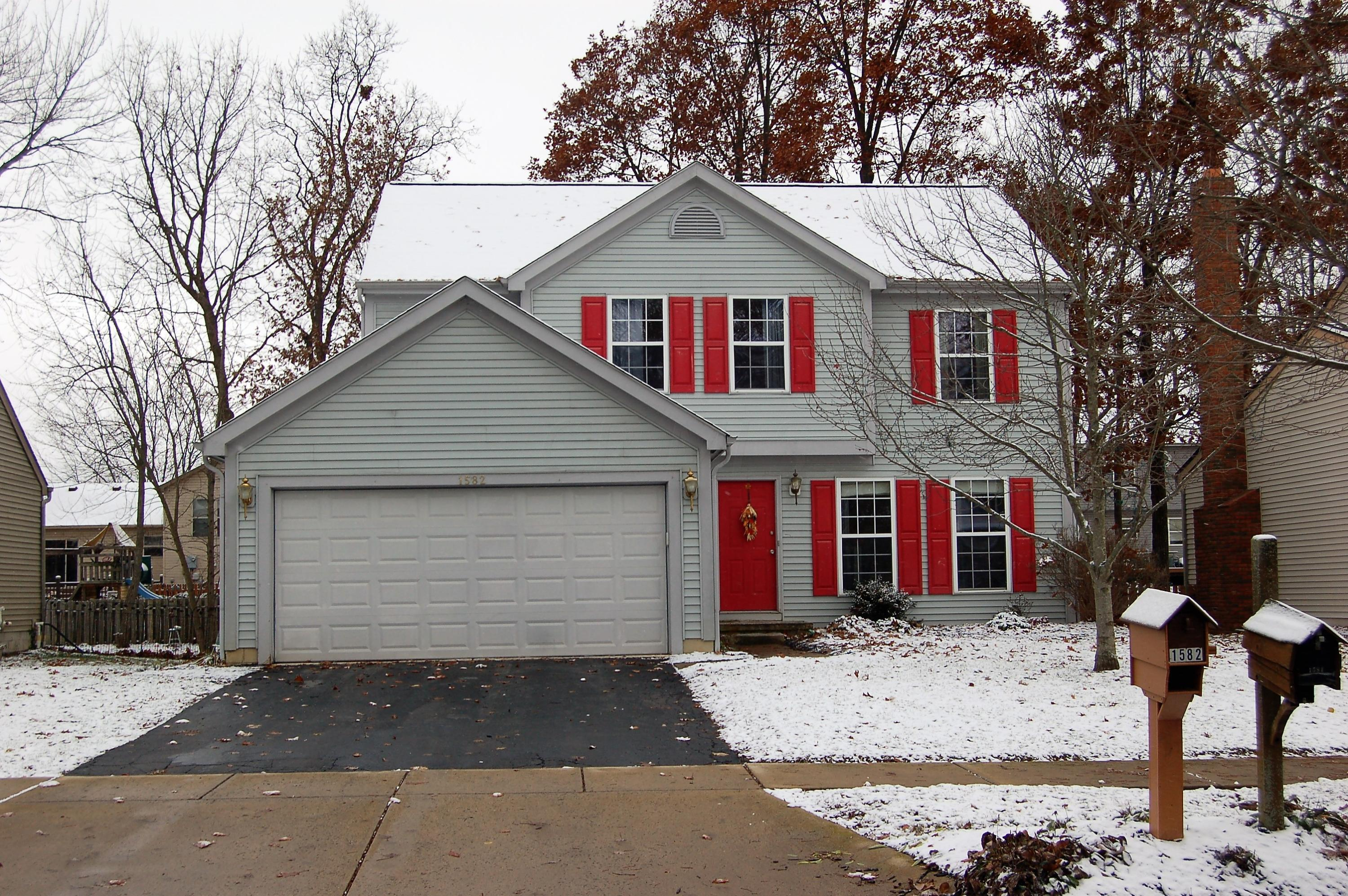 Photo of home for sale at 1582 Meadowlark Lane, Marysville OH