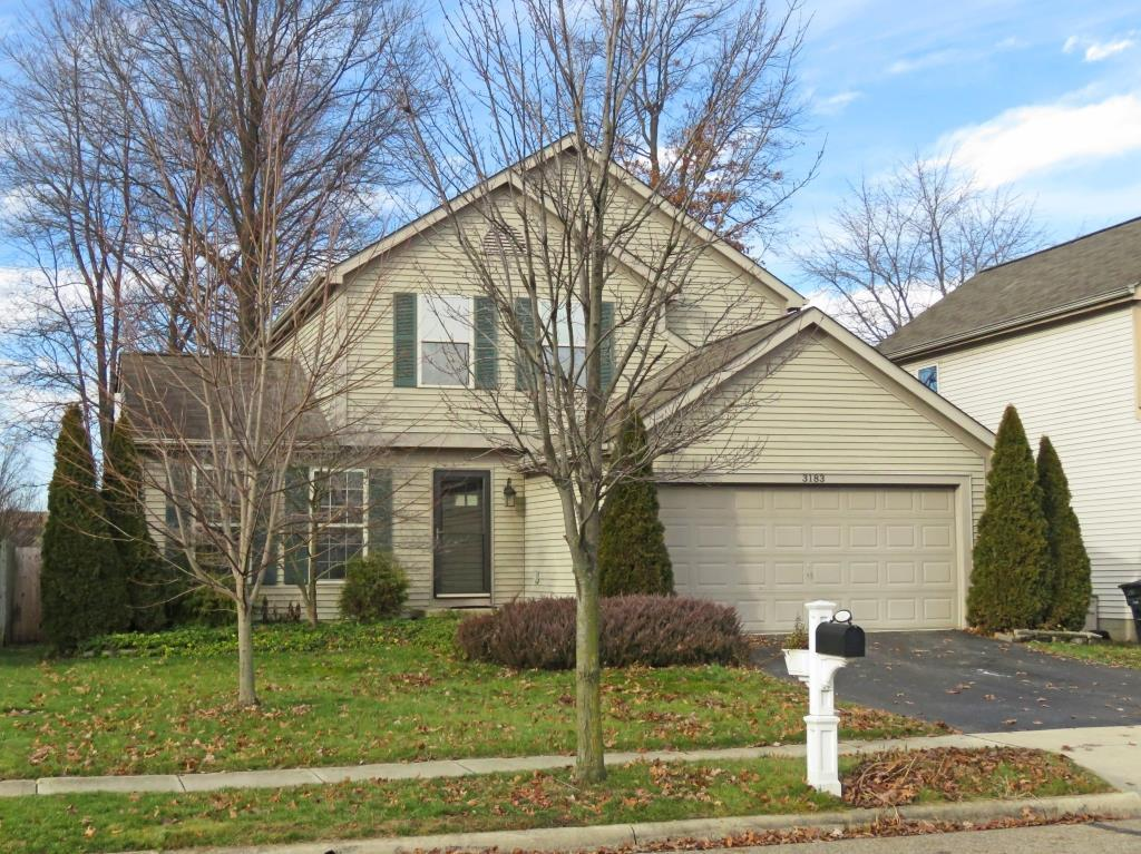 Photo of home for sale at 3183 Berkley Pointe Drive, Gahanna OH
