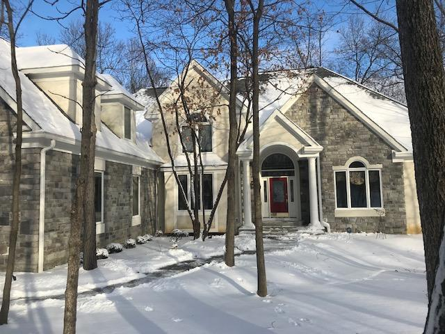 Photo of home for sale at 3365 Woodstone Drive, Lewis Center OH