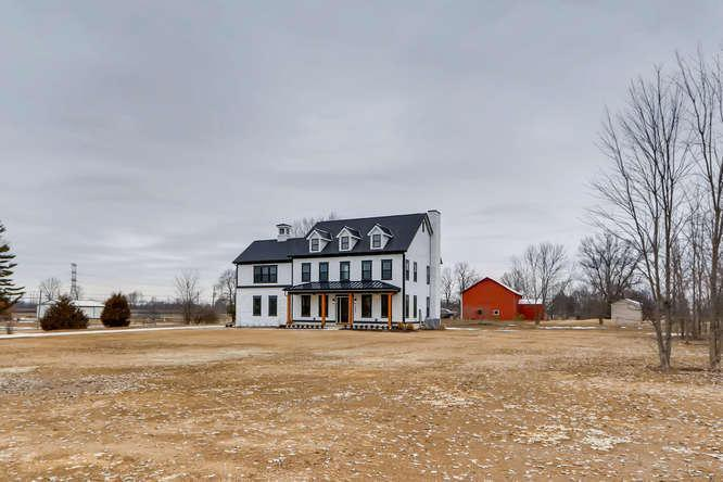 Photo of 5643 Liberty Road N, Powell, OH 43065