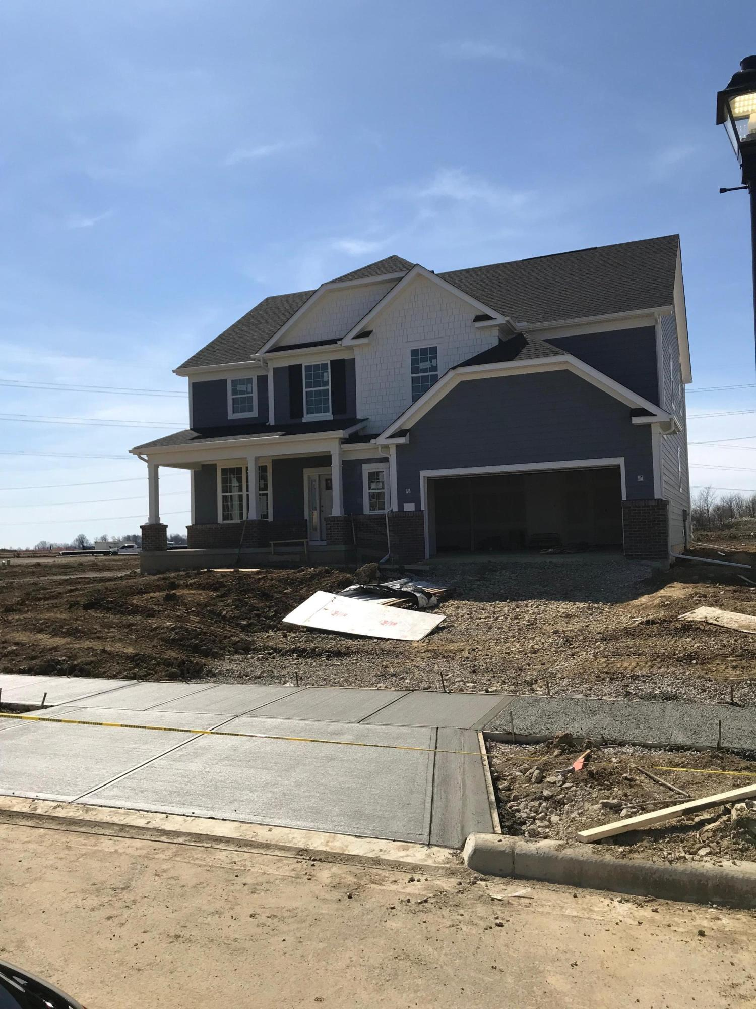 Photo of home for sale at 5165 Tarlton Boulevard, Hilliard OH