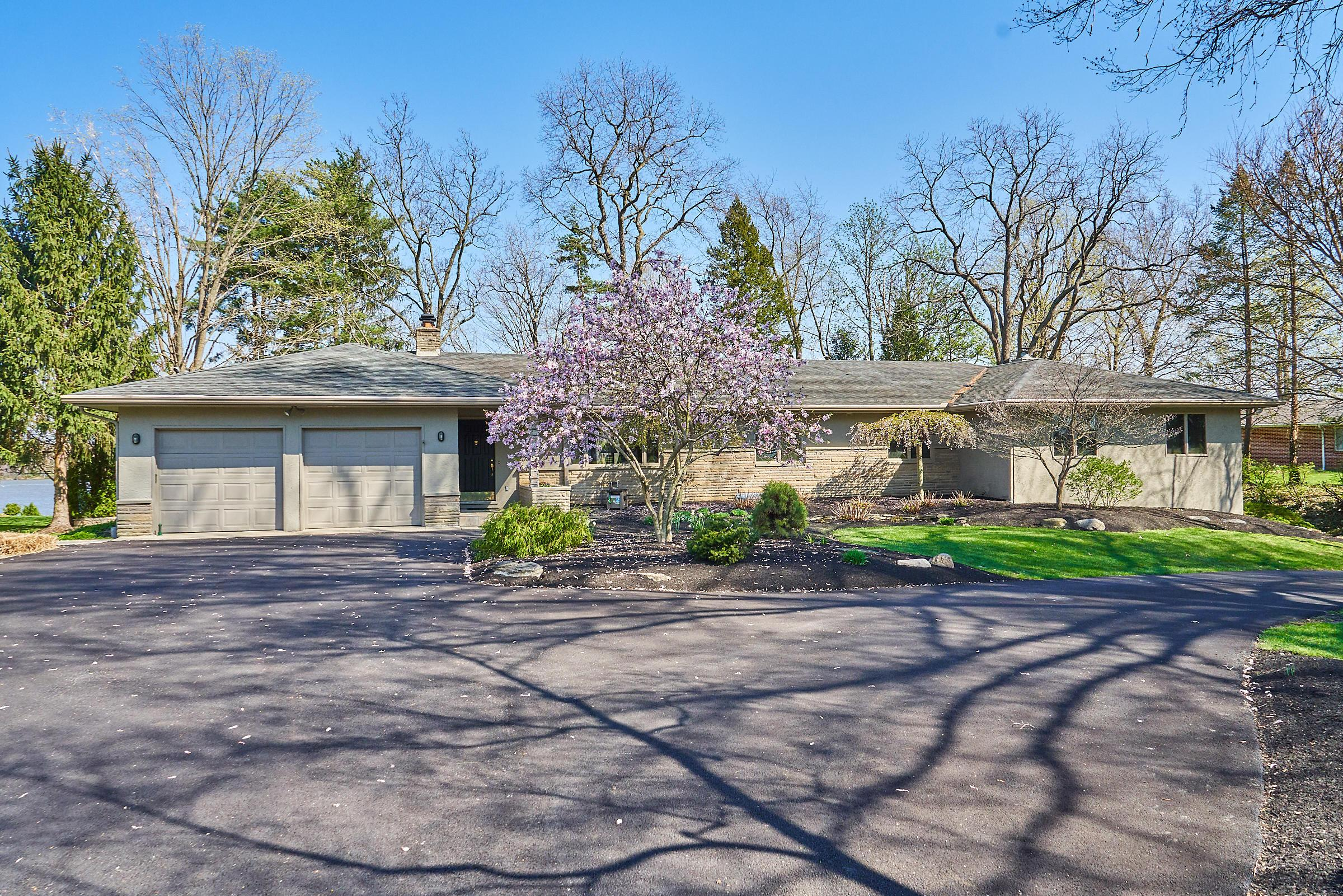 Photo of 6641 Sunbury Road, Westerville, OH 43082