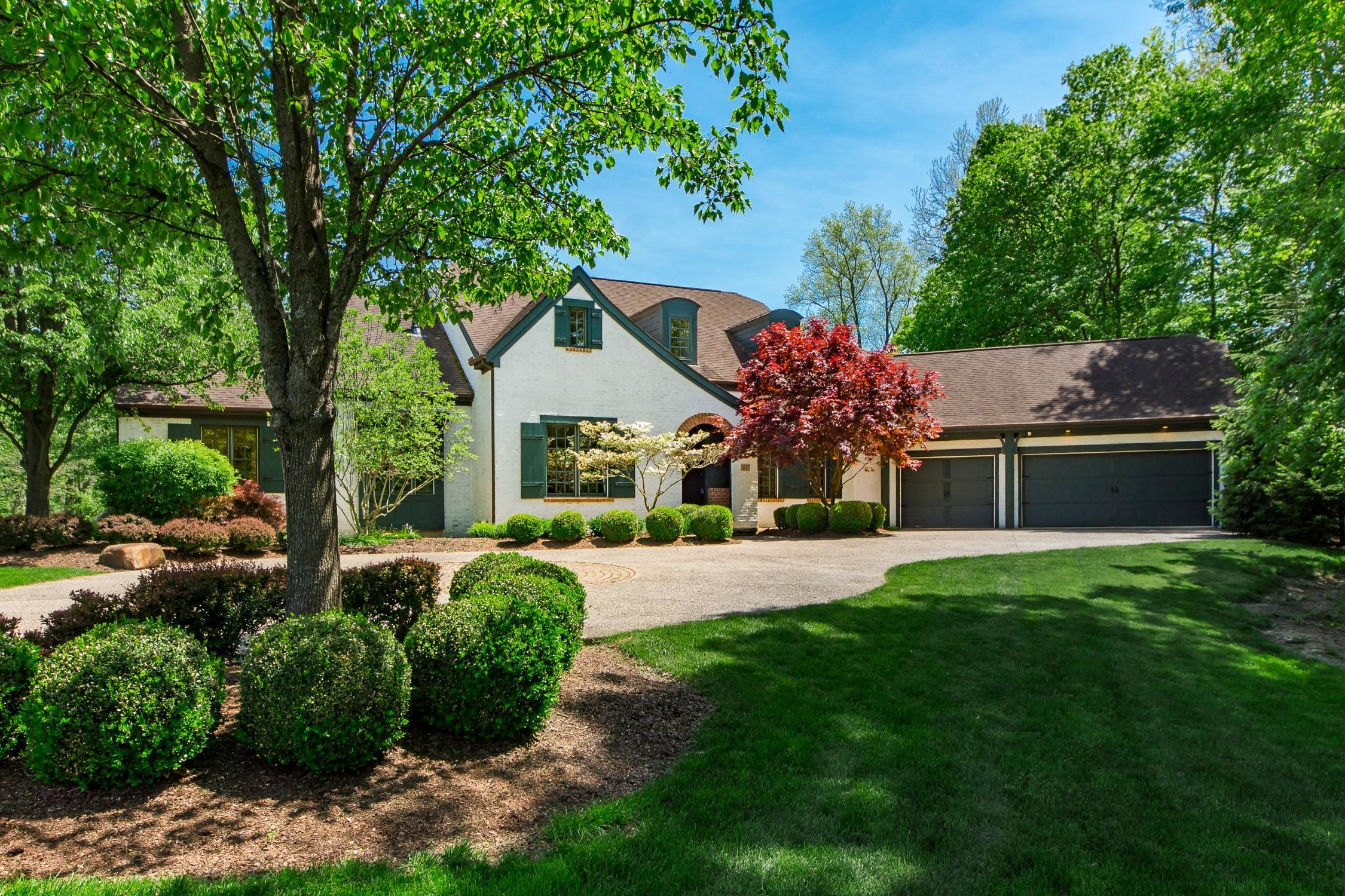Photo of 1017 Riverpoint Court, Powell, OH 43065