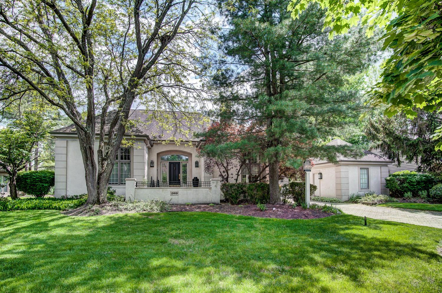 Photo of 209 Deer Meadow Drive, Gahanna, OH 43230