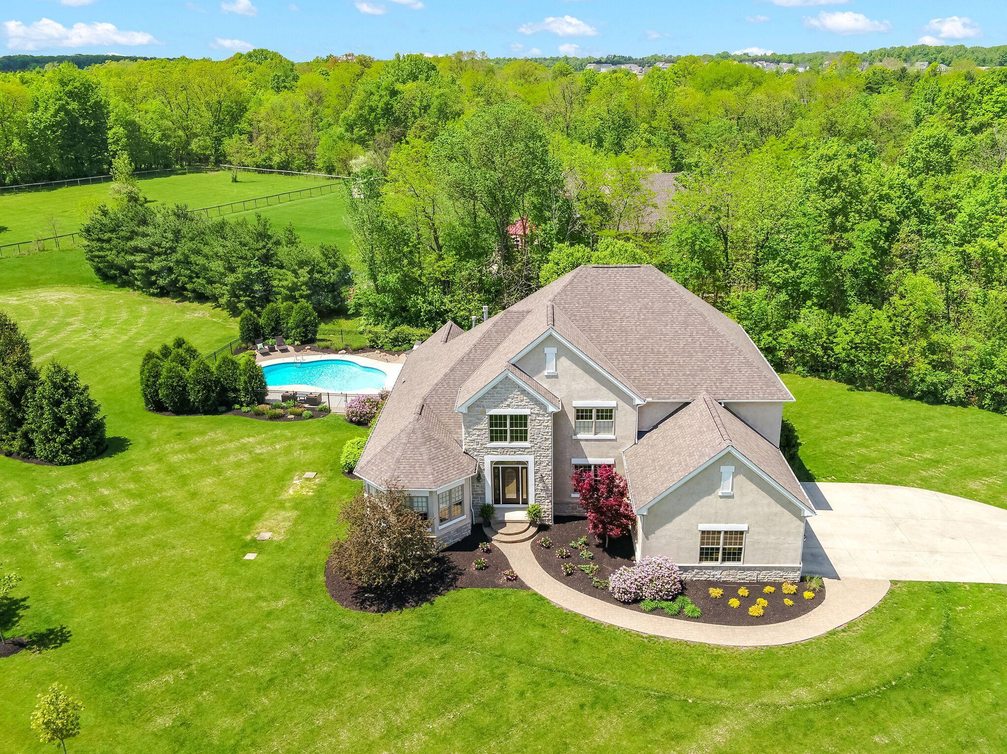 Photo of 7840 Cook Road, Powell, OH 43065