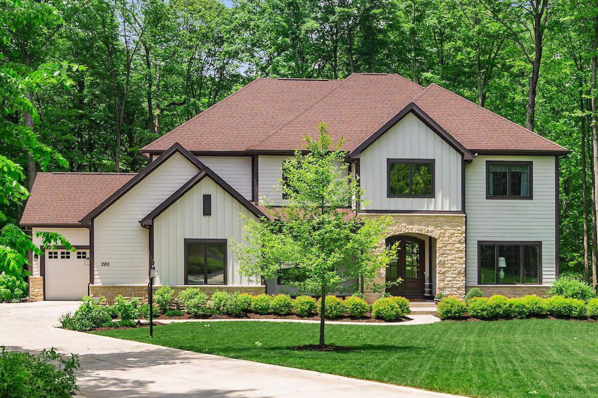 Photo of 280 Valley Run Place, Powell, OH 43065