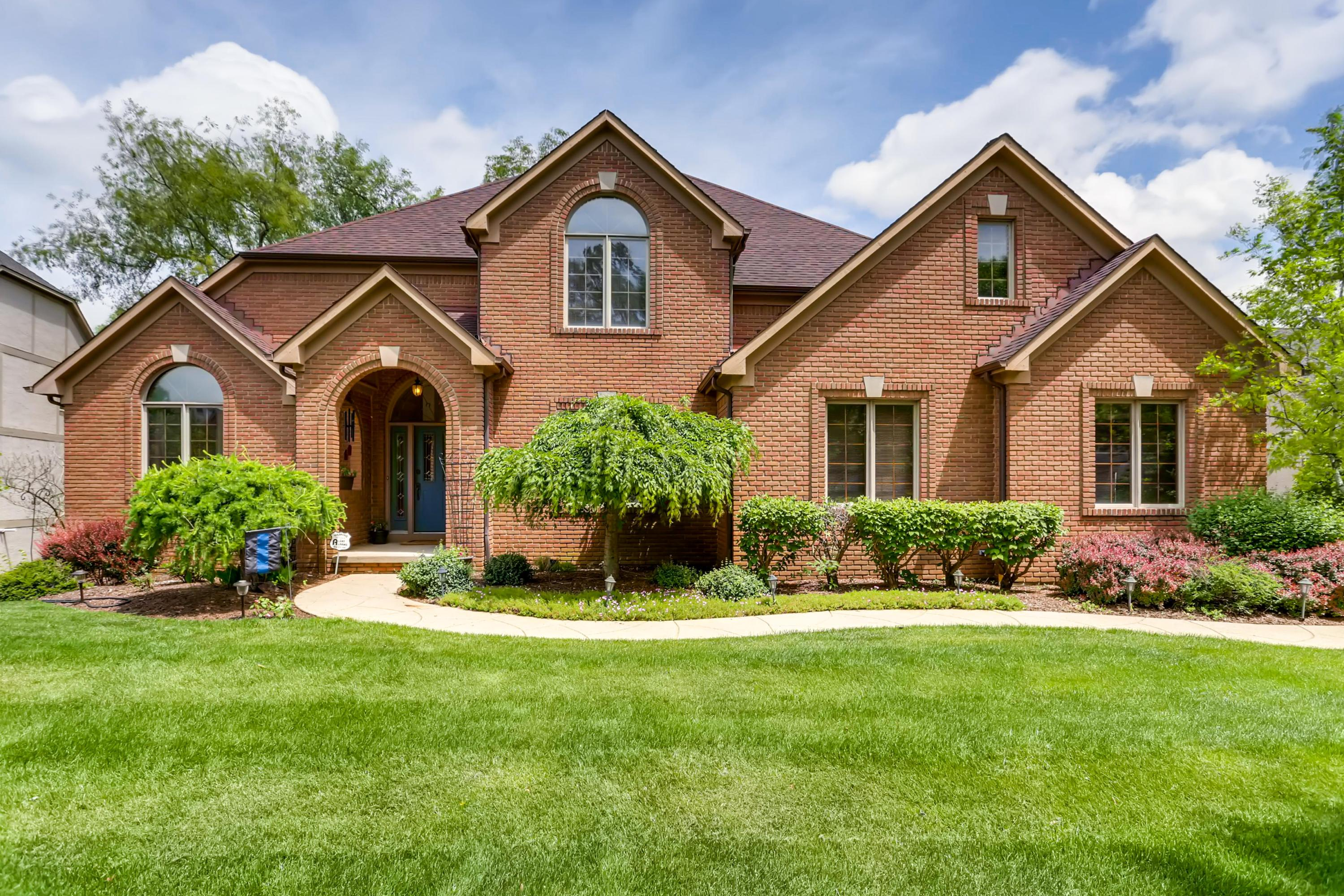 Photo of 648 Lookout Ridge Drive, Westerville, OH 43082