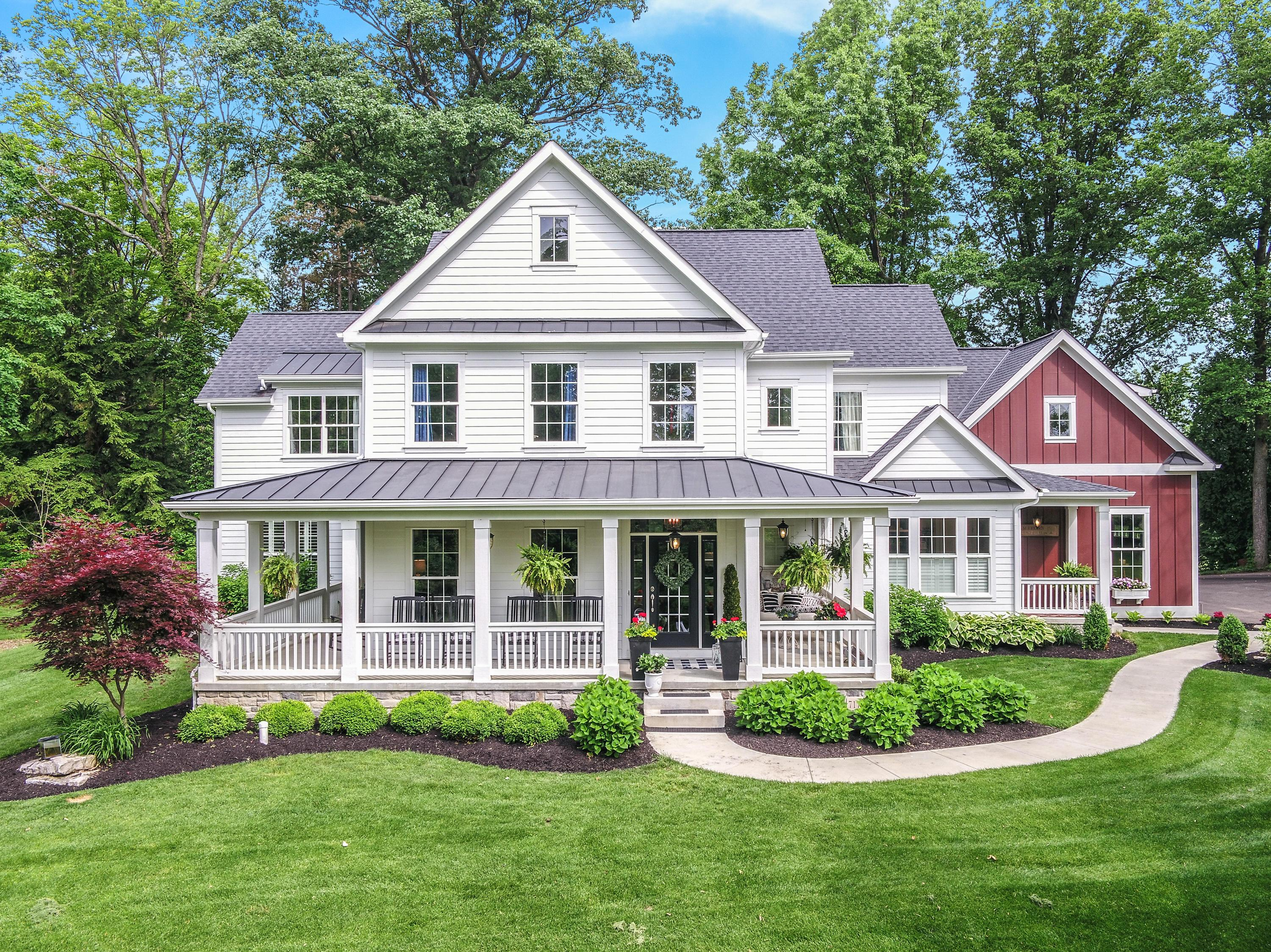 Photo of 7176 Worthington Road, Westerville, OH 43082