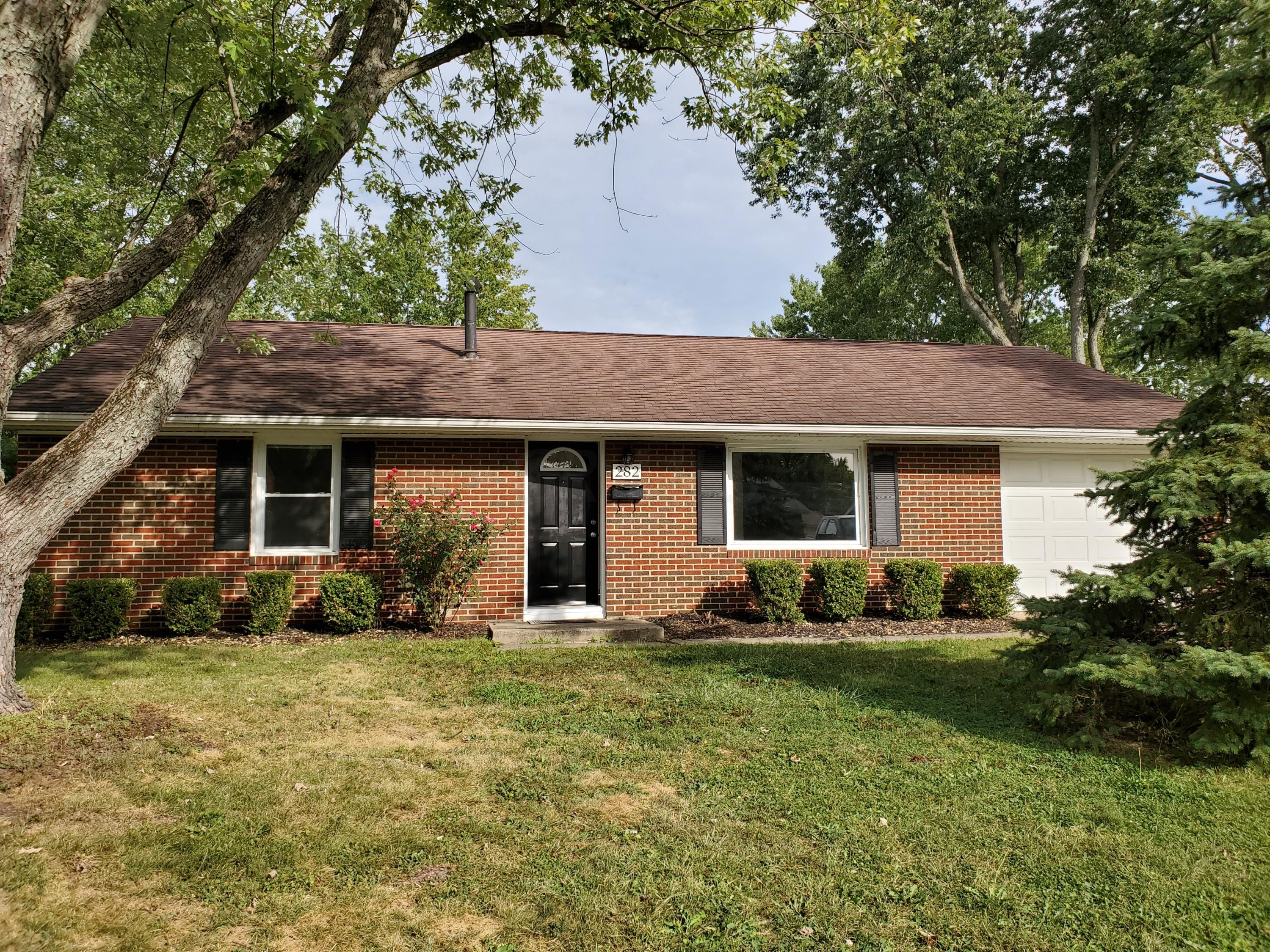 Photo of 282 Lincolnshire Road, Gahanna, OH 43230