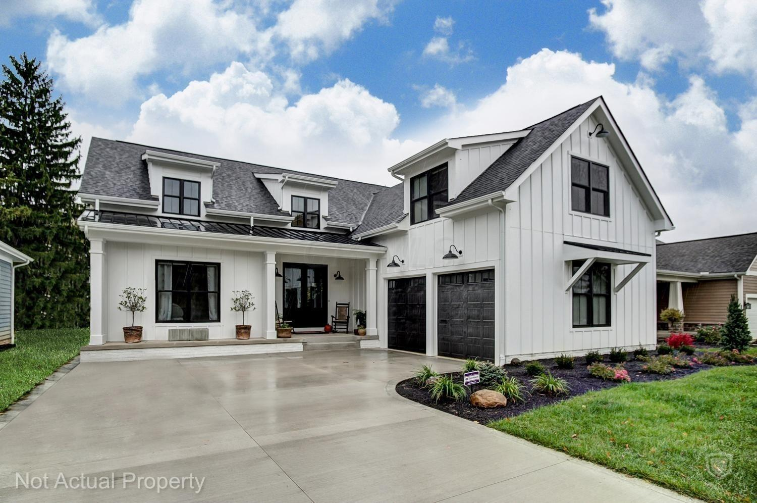 Photo of 1 Pinnacle Point Place, Gahanna, OH 43230