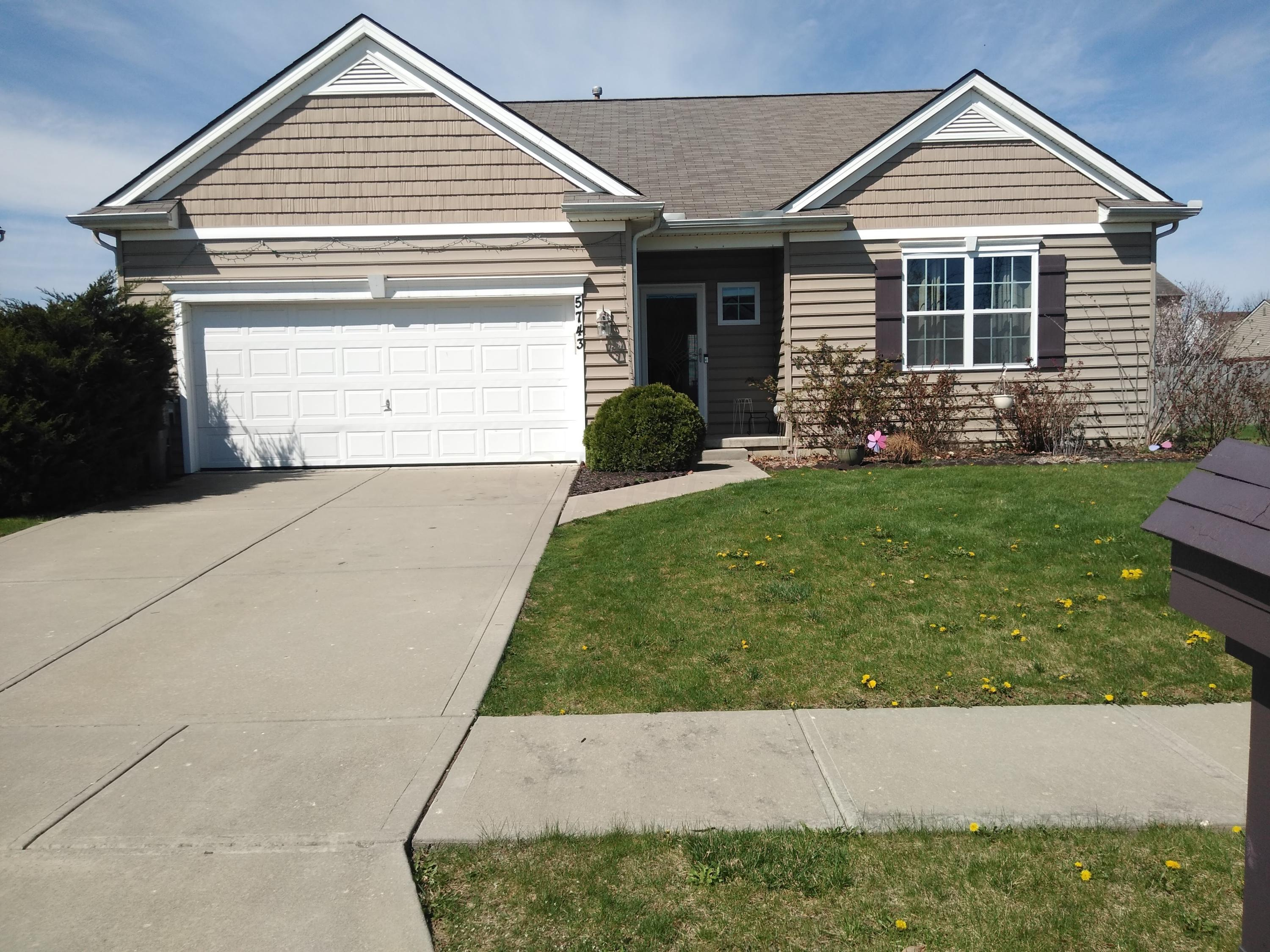Photo of 5743 Cedar Lawn Drive, Groveport, OH 43125