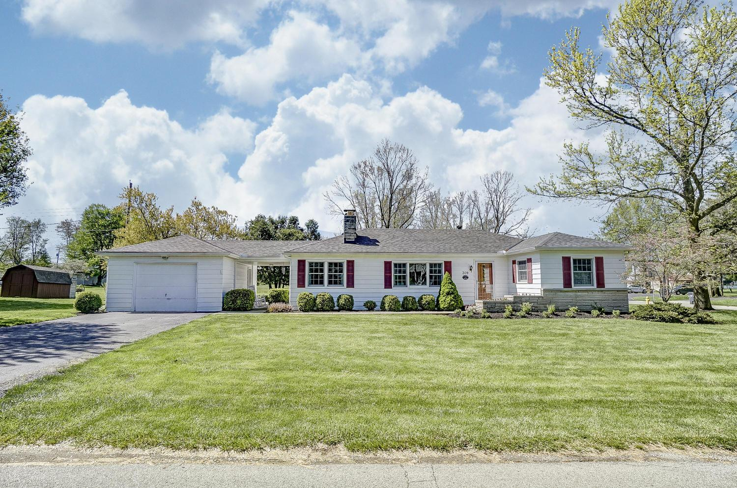 Photo of 309 Canal Street, Groveport, OH 43125
