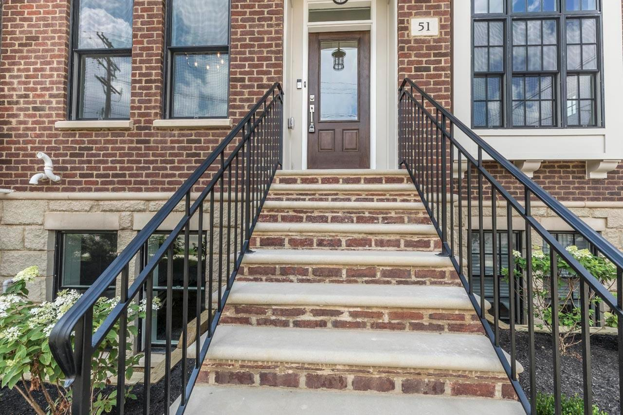 Condo Shared Wall for sale 893 Wall Street, Columbus, OH 43206, MLS# 220027270