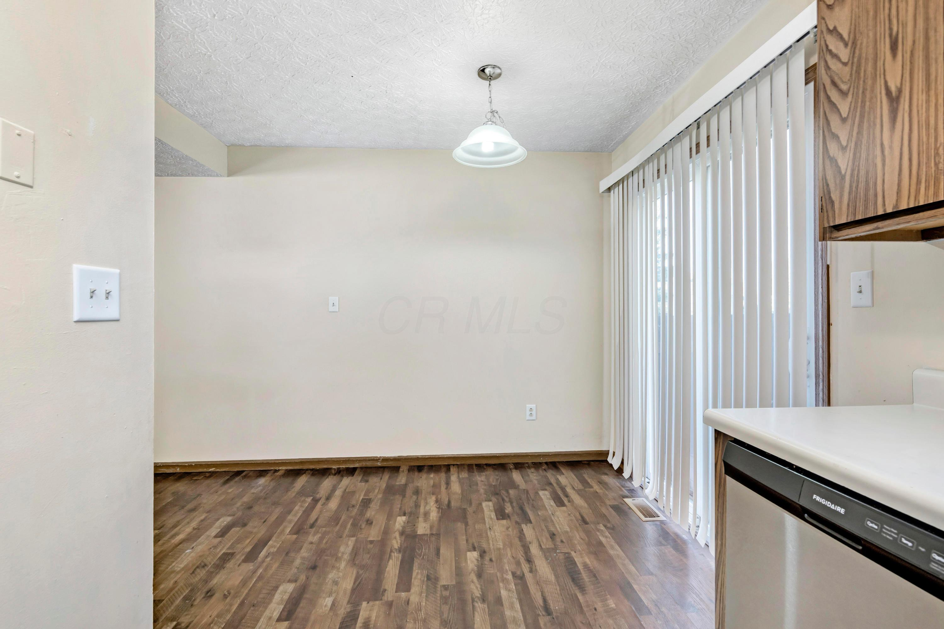 Condo Shared Wall for sale 926 Noddymill Lane, Columbus, OH 43085, MLS# 220039181