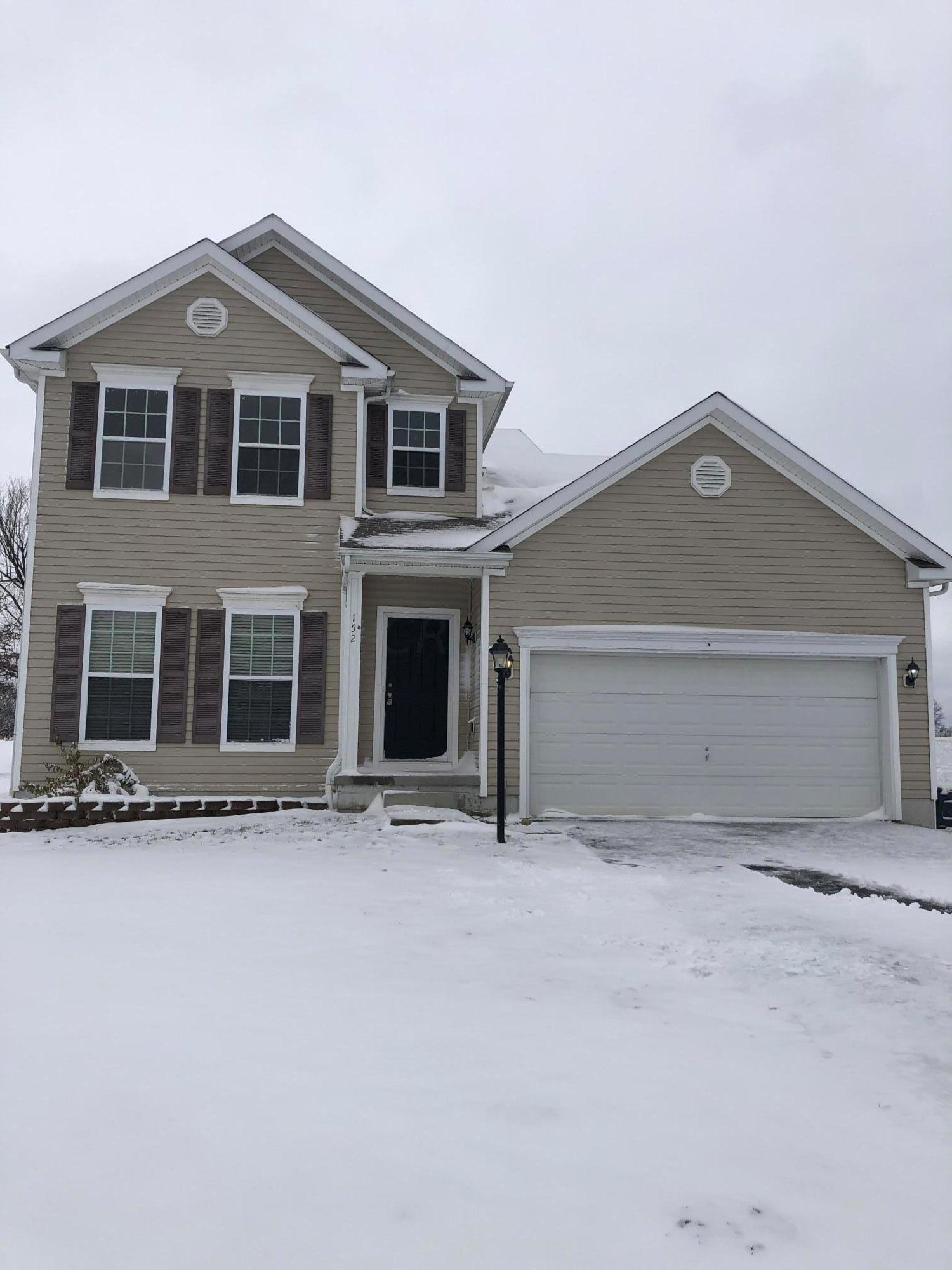 Photo of 152 Terrier Court, Pataskala, OH 43062