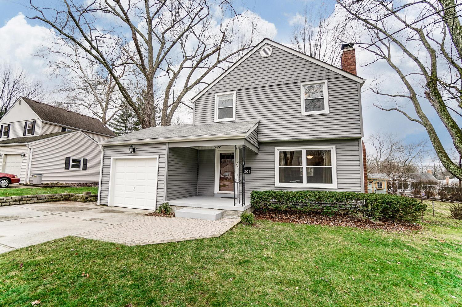Photo of 301 Colonial Avenue, Worthington, OH 43085
