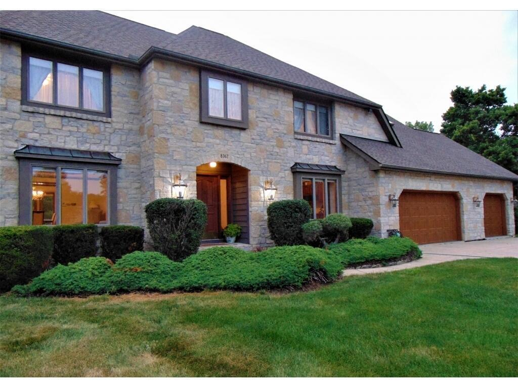 Photo of 8362 Willowbridge Place, Canal Winchester, OH 43110