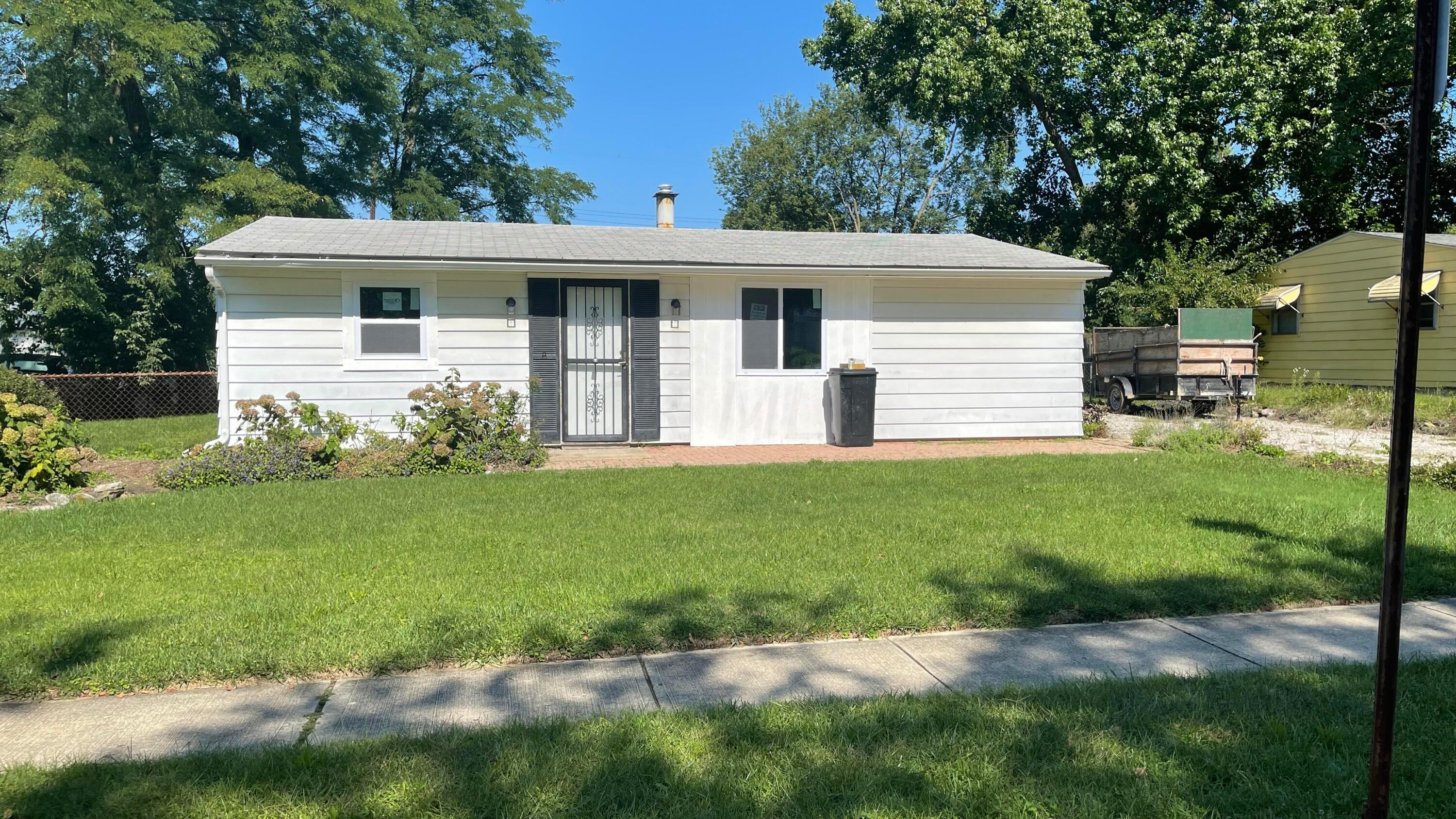 Photo of 376 Kinsel Avenue, Groveport, OH 43125