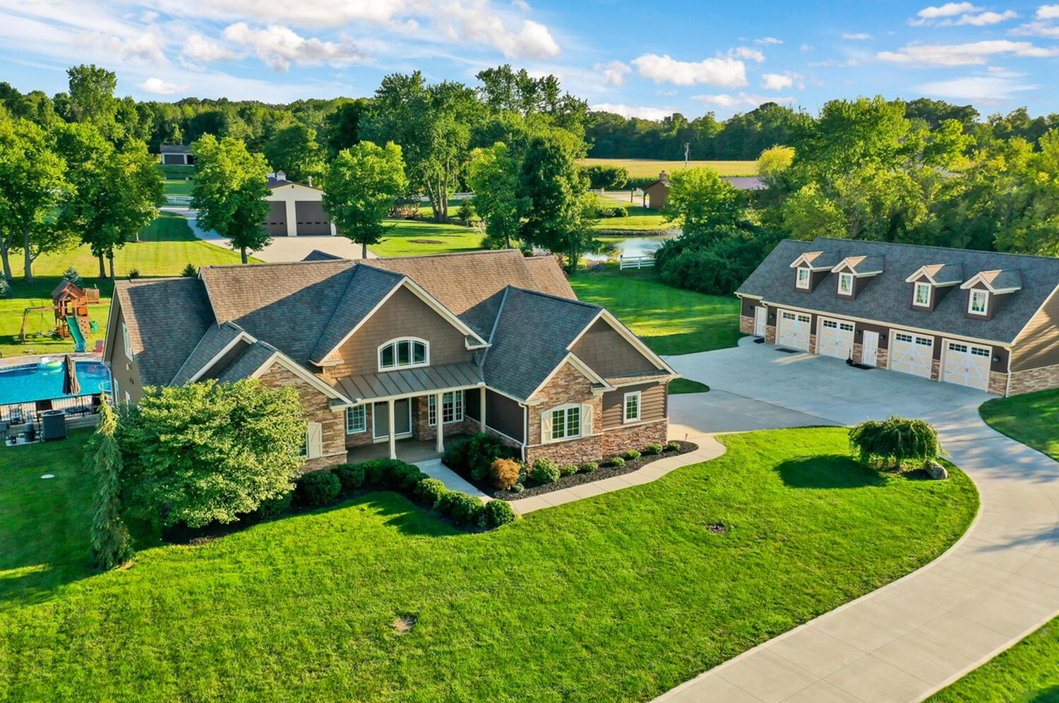 Photo of 5049 Oregon Road, Canal Winchester, OH 43110