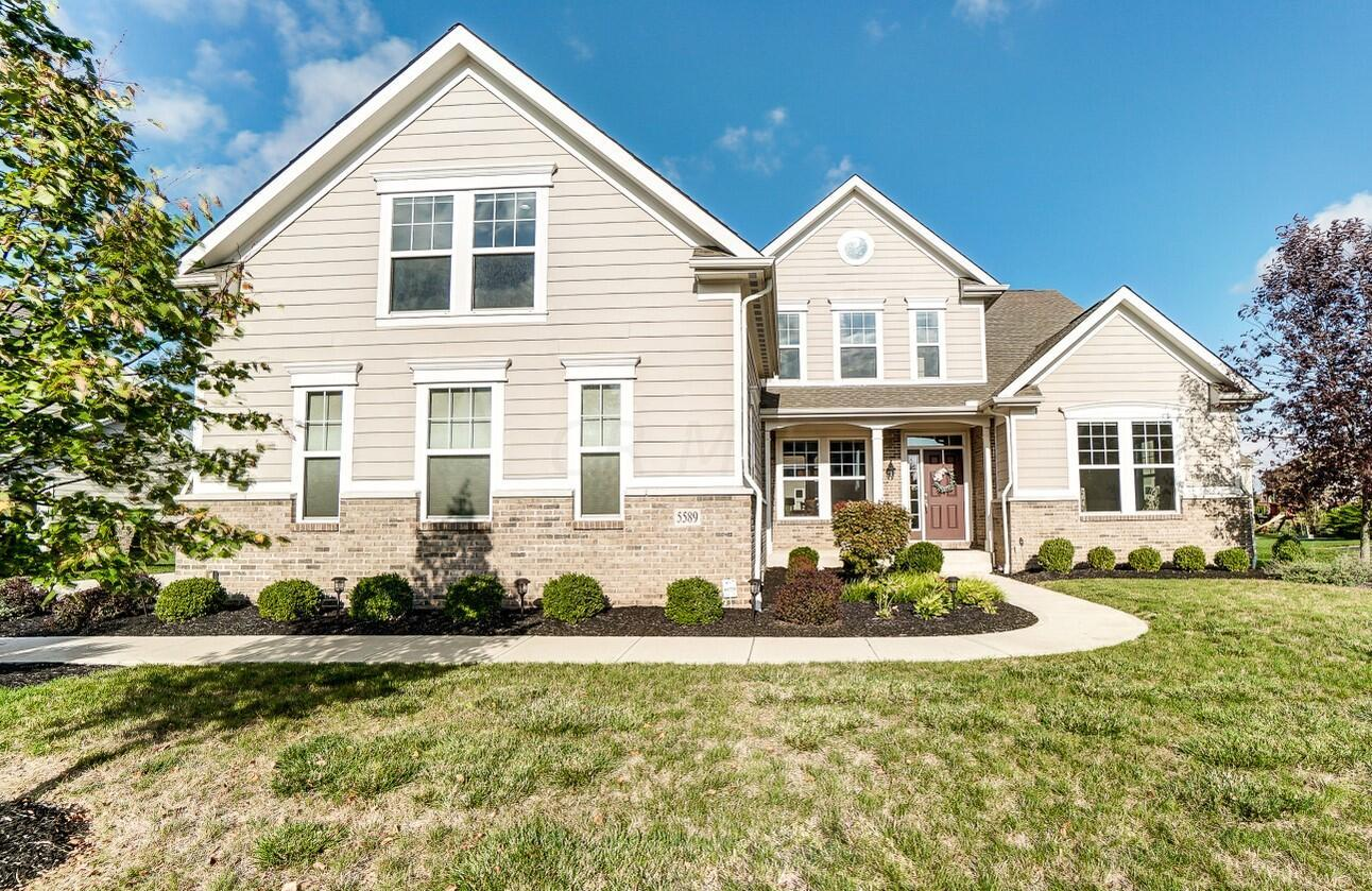 Photo of 5589 Newtonmore Place, Dublin, OH 43016