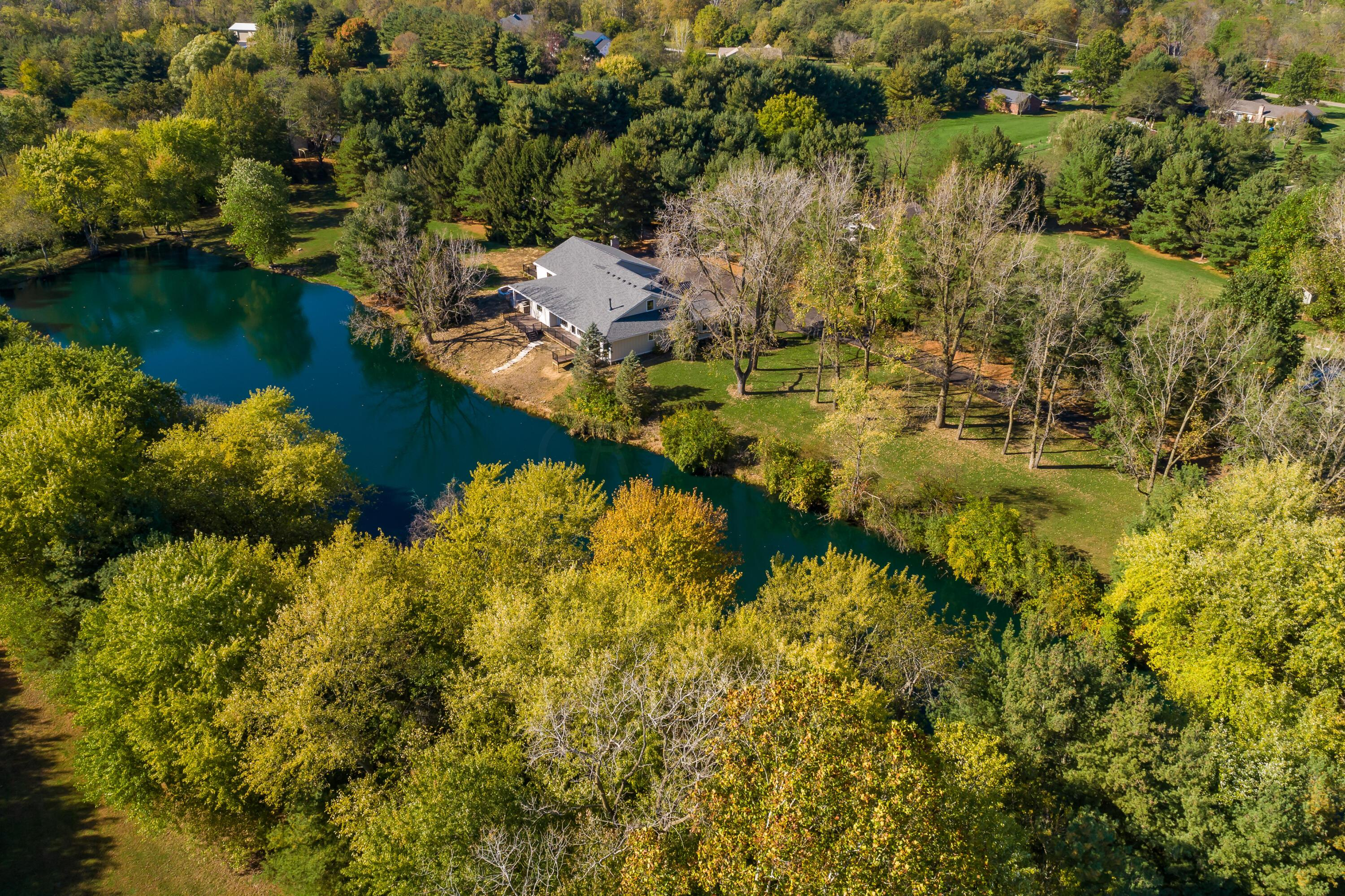 Photo of 7345 Pickerington Road, Canal Winchester, OH 43110