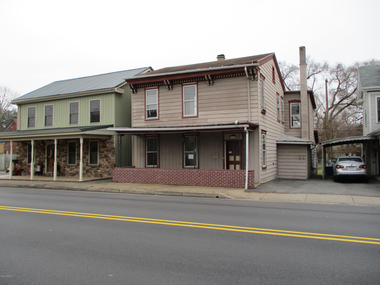 319 N MARKET Street, Selinsgrove, Pennsylvania