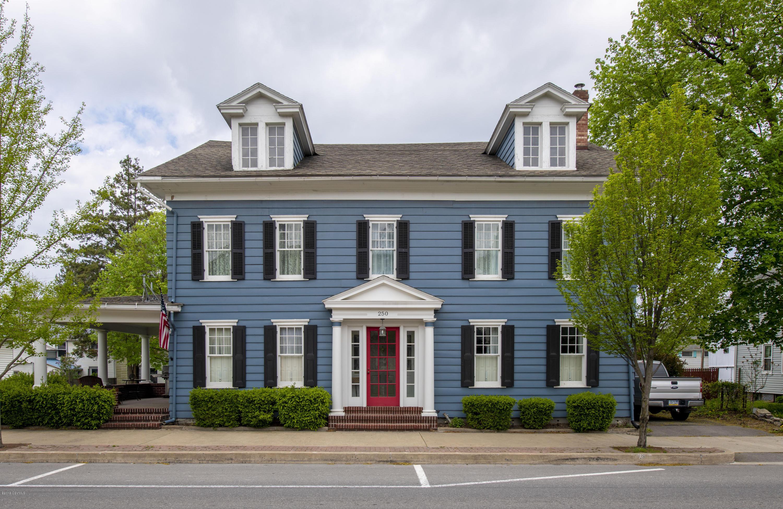 250 CHESTNUT Street, Mifflinburg, Pennsylvania