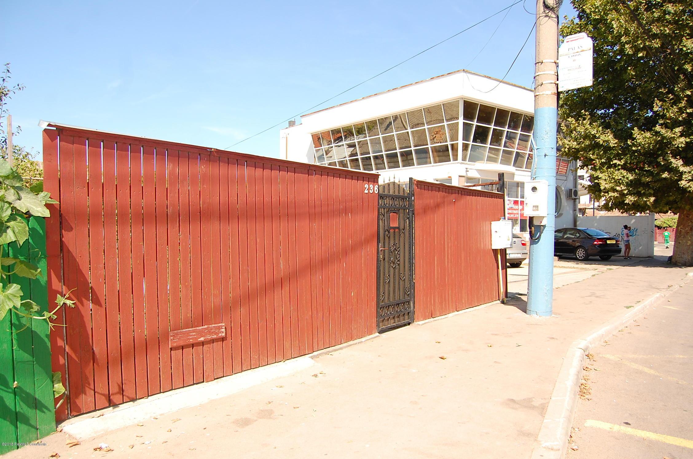 Vanzare Casa 50 m² - Palas, Constanta