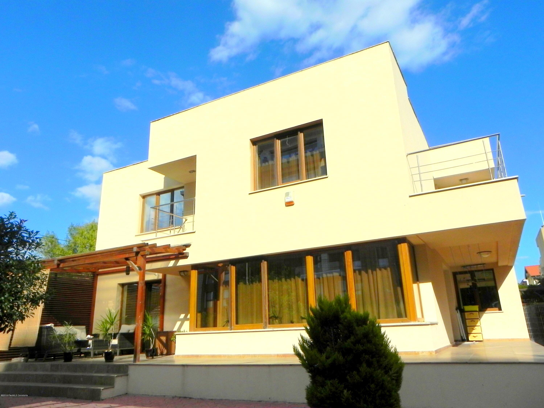 Vanzare Casa 170 m² - Faleza Nord, Constanta